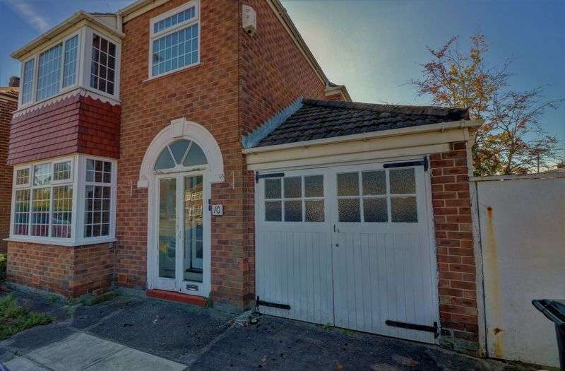 3 Bedrooms Property for sale in Etchells Road, Cheadle