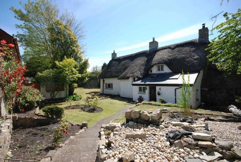 3 Bedrooms Cottage House for sale in Rhoose Road, Rhoose, Vale of Glamorgan, CF62 3EP