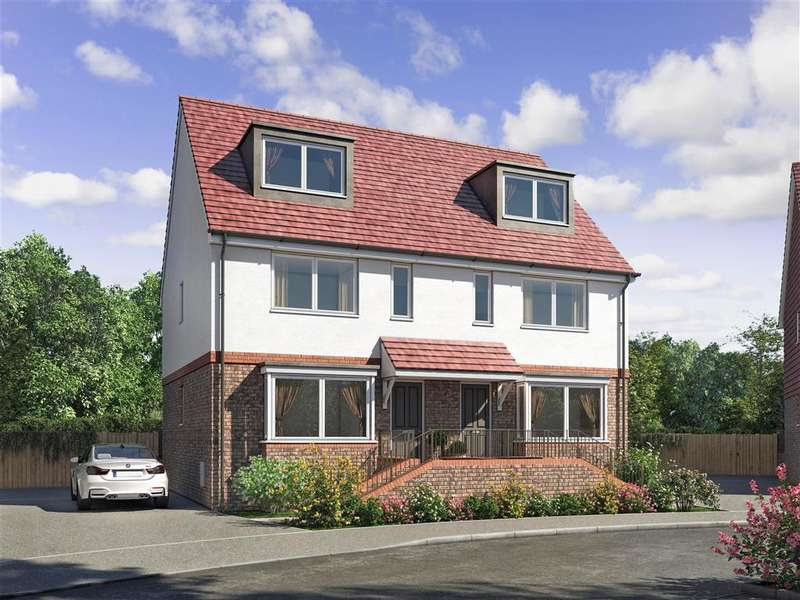 4 Bedrooms Semi Detached House for sale in Lucas Close, , Queenborough, Sheerness, Kent