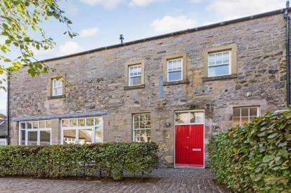 5 Bedrooms Barn Conversion Character Property for sale in The Stables, Old Sauchie