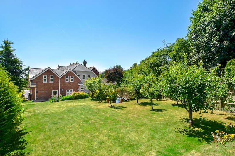 7 Bedrooms Detached House for sale in Old Bedhampton, Hampshire