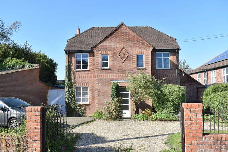 3 Bedrooms Detached House for sale in Sherborne, Dorset, DT9