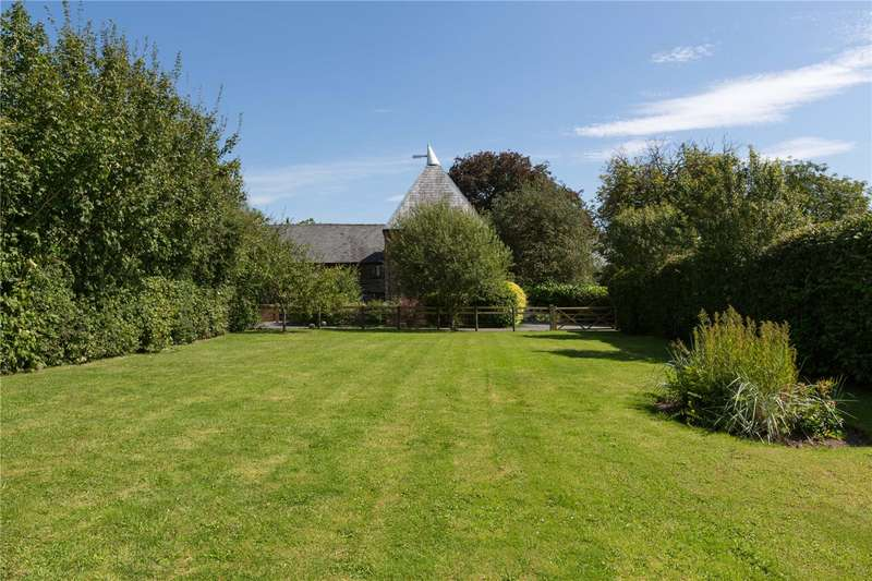 4 Bedrooms Barn Conversion Character Property for sale in The Oast House, Tunnel Lane, Orleton, Herefordshire, SY8