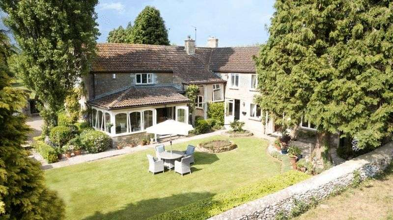 5 Bedrooms Property for sale in Dark Lane Upper Castle Combe, Chippenham