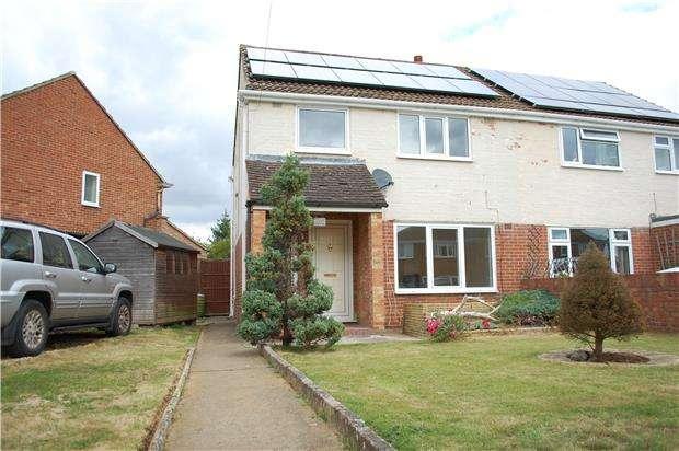 3 Bedrooms Semi Detached House for rent in Hazel Crescent, KIDLINGTON, Oxfordshire, OX5