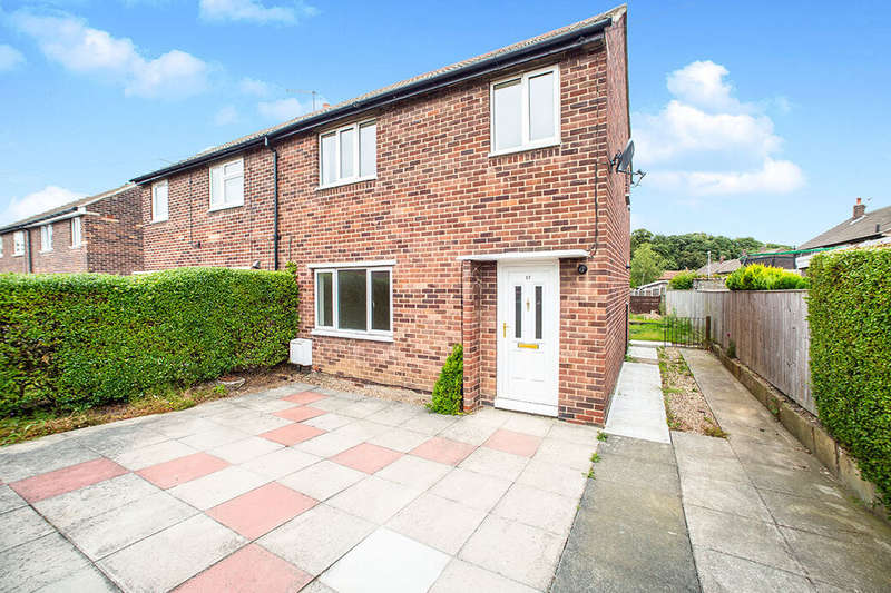 3 Bedrooms Semi Detached House for rent in Worrall Road, Wakefield, WF2