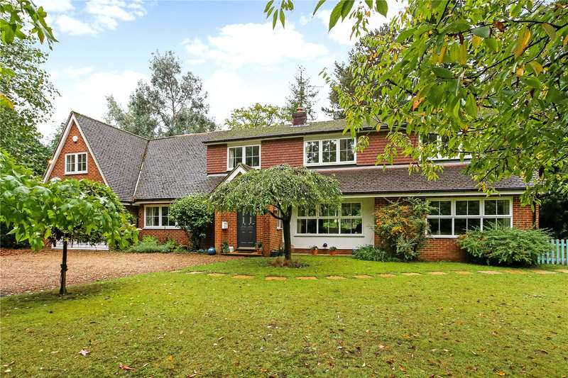 5 Bedrooms Detached House for sale in Horsham Road, Bramley, Guildford, Surrey, GU5
