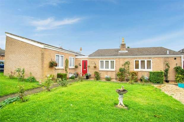 3 Bedrooms Detached Bungalow for sale in St Andrews Close, Titchmarsh, Kettering, Northamptonshire