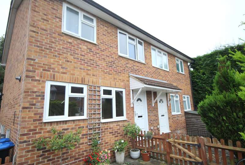 1 Bedroom End Of Terrace House for sale in Alton Court , Staines-upon-Thames, TW18