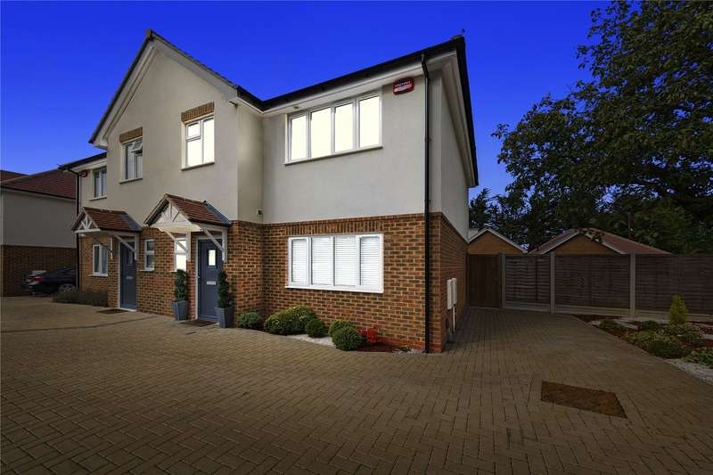3 Bedrooms Semi Detached House for sale in Wilsman Road, South Ockendon, Essex, RM15