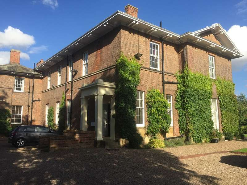 2 Bedrooms Apartment Flat for rent in Dower House, Dower Chase, Escrick, YO19
