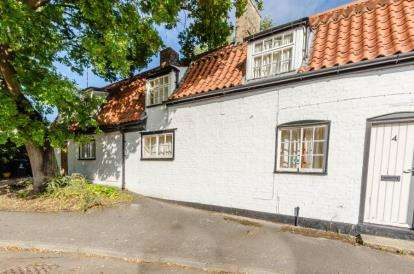2 Bedrooms Terraced House for sale in Fulbourn, Cambridge, Cambridgeshire
