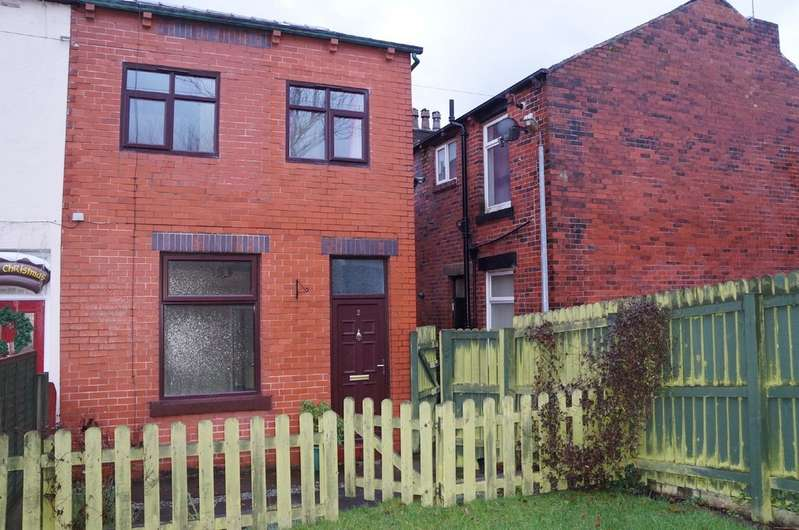 3 Bedrooms Property for rent in Hurstead, Rochdale OL12