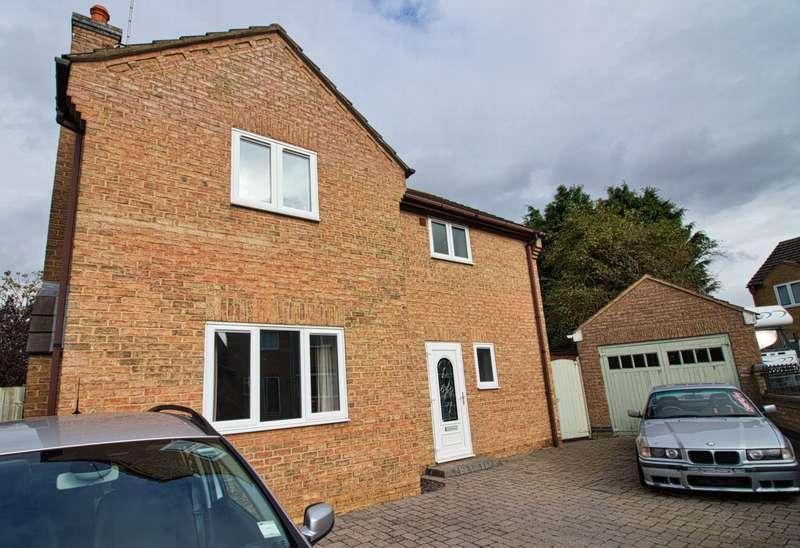 3 Bedrooms House for sale in Chapel Gardens, Eastrea, PE7