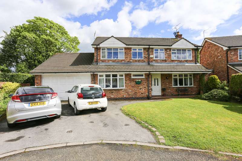 4 Bedrooms Detached House for sale in Green Tree Gardens, Romiley, Cheshire, SK6