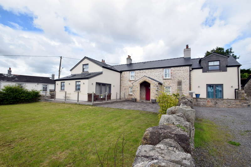 5 Bedrooms Detached House for sale in Castle Green Cottage, Heol Spencer, Coity, Bridgend, Bridgend County Borough, CF35 6AU