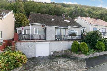 4 Bedrooms Detached House for sale in The Avenue, Prestatyn, Denbighshire, ., LL19