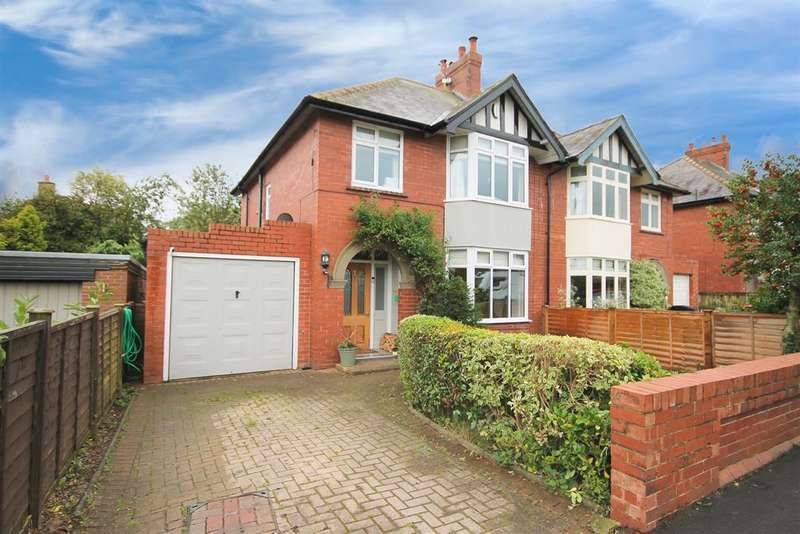 3 Bedrooms Semi Detached House for sale in Greengate Lane, Knaresborough, HG5 9EW