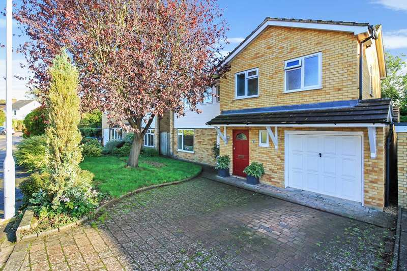 4 Bedrooms Detached House for sale in Longfield Gardens, Tring