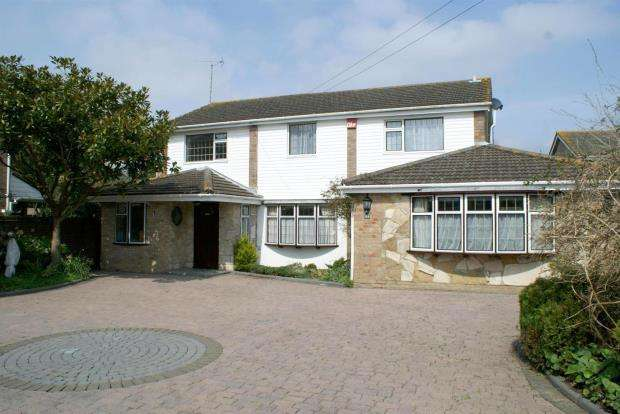 4 Bedrooms Detached House for sale in Bacon Lane, Hayling Island