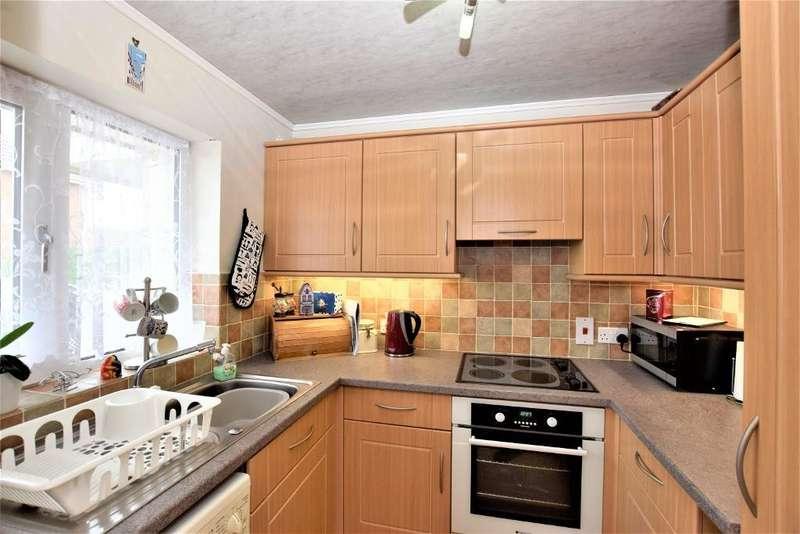 1 Bedroom Flat for sale in Mason Close, Freckleton