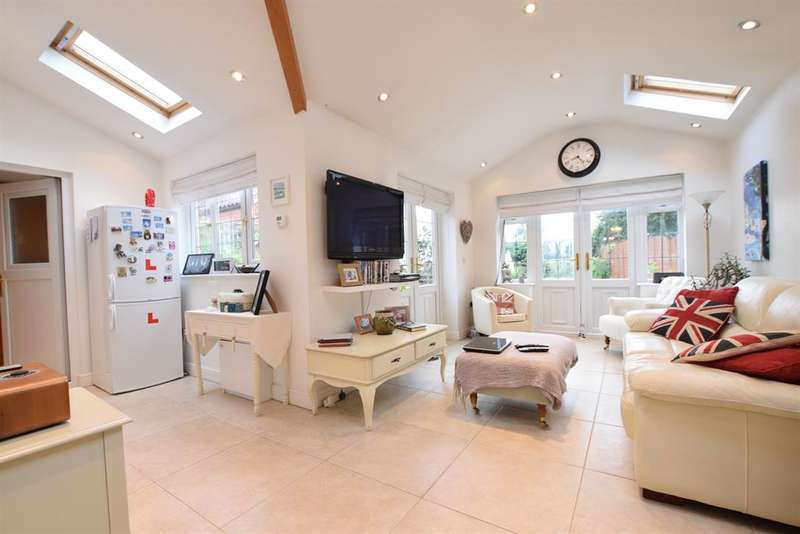 4 Bedrooms Detached House for sale in Westfield, Scotton, Gainsborough, DN21 3LX