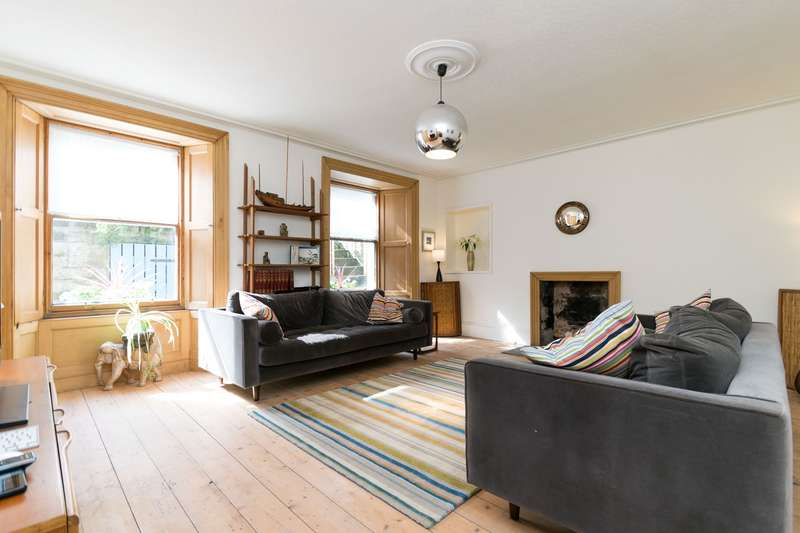 3 Bedrooms Flat for sale in Brandon Street, New Town, Edinburgh, EH3