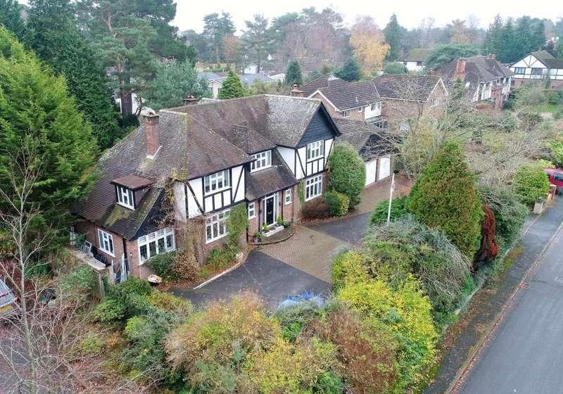 4 Bedrooms Detached House for sale in Aldridge Road, Ferndown, Dorset, BH22 8LT