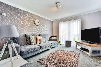 2 Bedrooms Terraced House for sale in Sylvester Way, Hyde, Greater Manchester, .