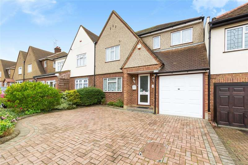4 Bedrooms Semi Detached House for sale in Marlborough Gardens, Upminster, RM14
