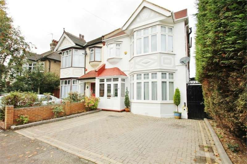 6 Bedrooms Semi Detached House for sale in Chingford E4