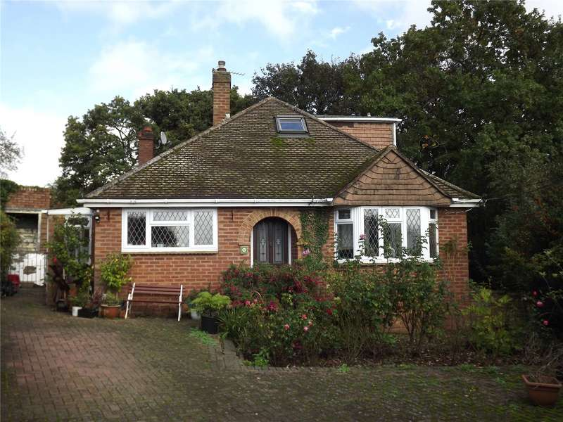 3 Bedrooms Detached House for sale in Sunnybank, Marlow, Buckinghamshire, SL7