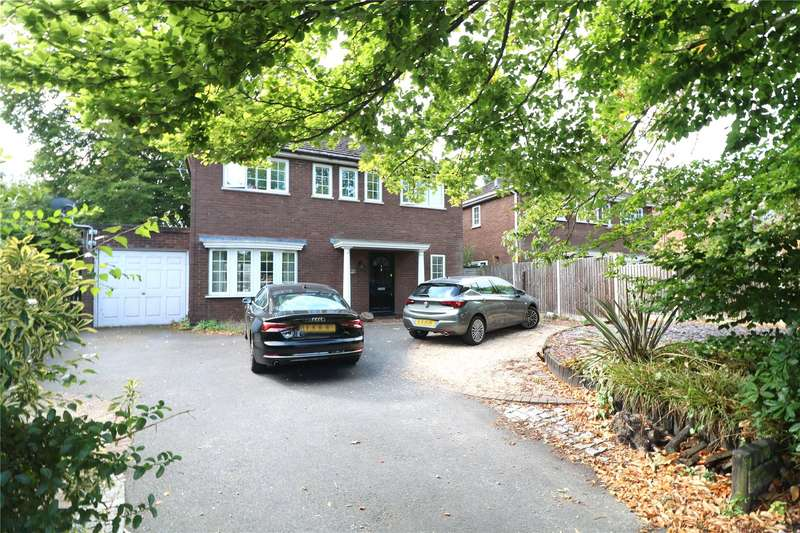 4 Bedrooms Detached House for sale in Prospect Avenue, Farnborough, Hampshire, GU14