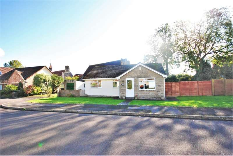 3 Bedrooms Detached Bungalow for sale in Hill Lea Gardens, Cheddar