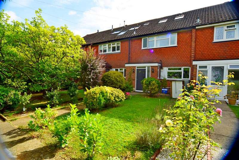 4 Bedrooms Terraced House for sale in West Road , Chessington , KT9