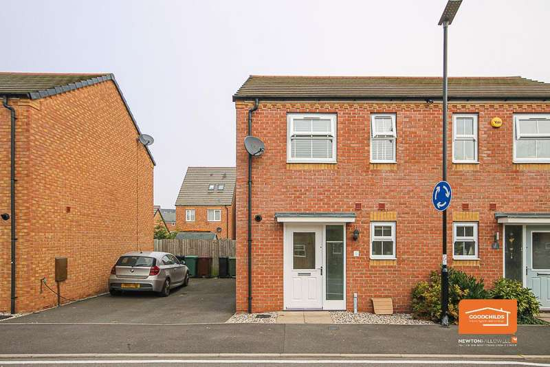 2 Bedrooms Semi Detached House for sale in Yorkshire Grove, Walsall, WS2 7BS