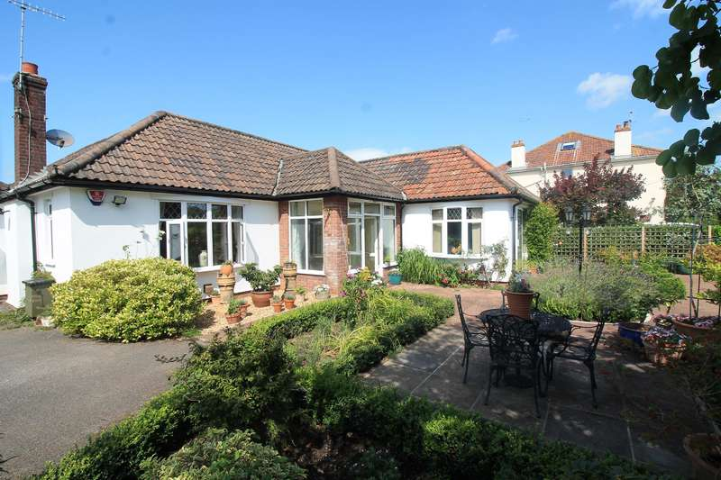 3 Bedrooms Detached Bungalow for sale in Church Road, Easton-In-Gordano, North Somerset, BS20 0NB