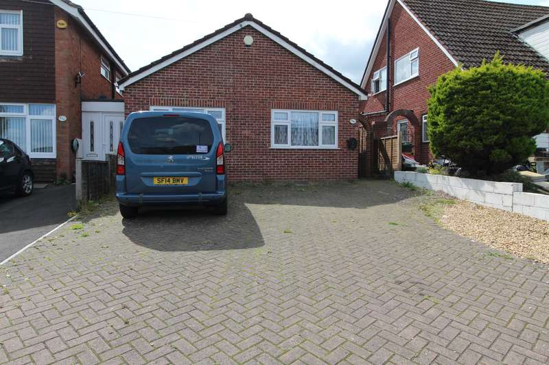 2 Bedrooms Semi Detached Bungalow for sale in Whitchurch Lane, Whitchurch, Bristol, BS14 0EN