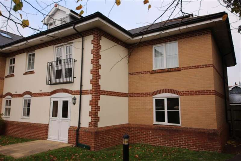 2 Bedrooms Flat for sale in Woodland Court, Partridge Drive, Bristol, BS16 2RB