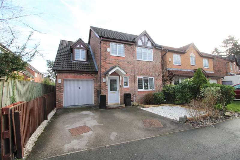 4 Bedrooms Detached House for sale in Oakcroft Way, Manchester, M22 4UP