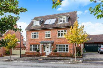 5 Bedrooms Detached House for sale in Long Down Avenue, Bristol, Somerset