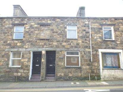 2 Bedrooms Terraced House for sale in High Street, Pwllheli, Gwynedd, LL53
