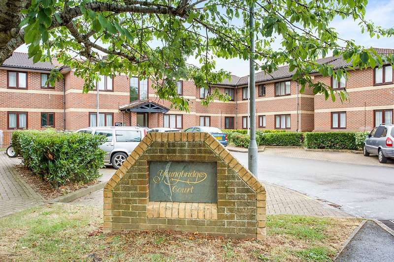 1 Bedroom Apartment Flat for sale in Youngbridge Court, Redlands Lane, Fareham, Hampshire, PO16