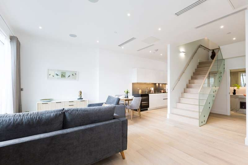 4 Bedrooms Flat for rent in Townmead Rd, Fulham