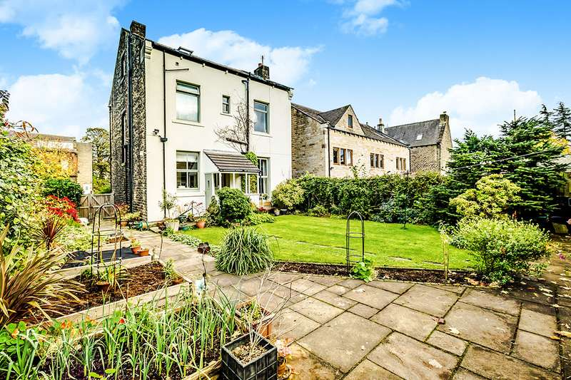 5 Bedrooms Detached House for sale in Grasmere Road, Gledholt, Huddersfield, West Yorkshire, HD1