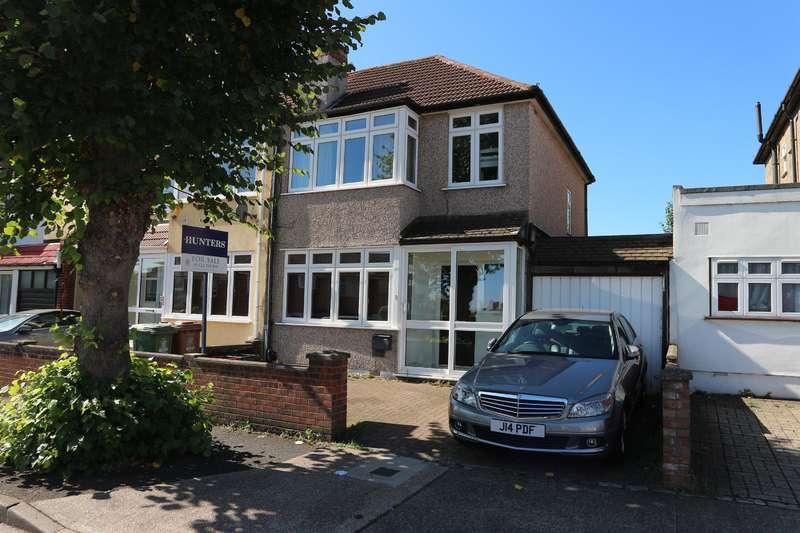 3 Bedrooms Semi Detached House for sale in Osborne Road , Belvedere Road, Kent, DA17 5NR
