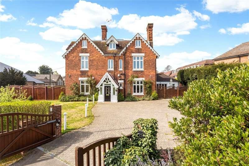 7 Bedrooms Detached House for sale in Top Dartford Road, Hextable, Kent, BR8