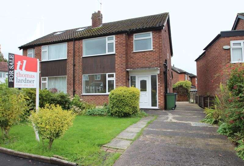 3 Bedrooms Property for sale in St. Andrews Close Romiley, Stockport