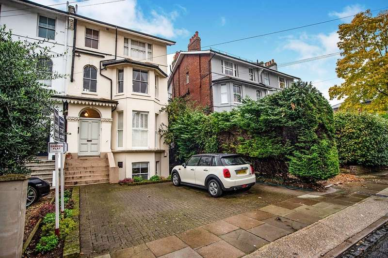 1 Bedroom Apartment Flat for sale in Eastbrook Road, London, SE3