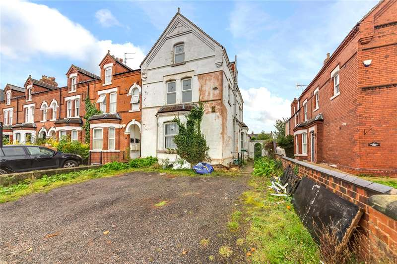 5 Bedrooms End Of Terrace House for sale in Auckland Road, Doncaster, South Yorkshire, DN2